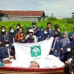 Peduli Sesama! Himpunan Mahasiswa Program Studi Hukum Keluarga Islam Bergerak ke Lokasi Banjir